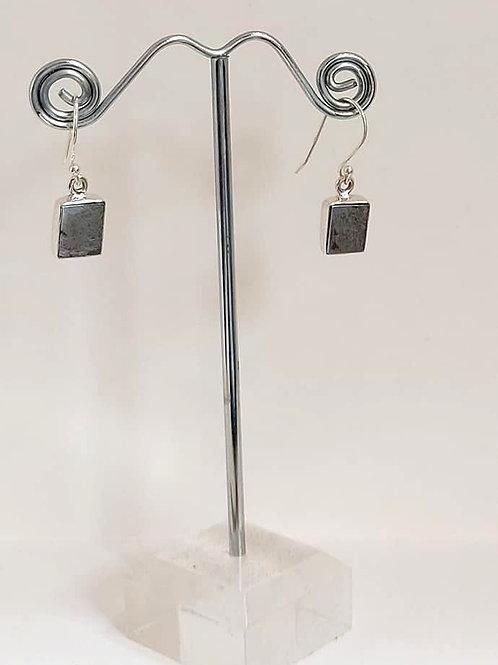 Muonionalusta Meteorite Sweden Sterling Silver Drop Earrings