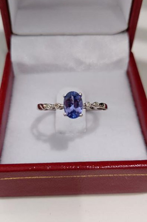 Tanzanite and White Zircon 9k White Gold Ring