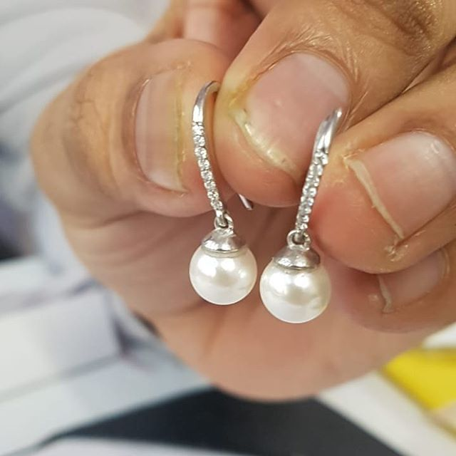 A new pair of bespoke Pearl and Diamond