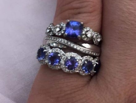 Colour matching Tanzanite