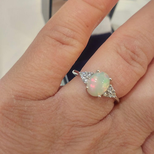Opal Ethiopian 1.35 cts set with Natural White Zircon Sterling Silver on finger