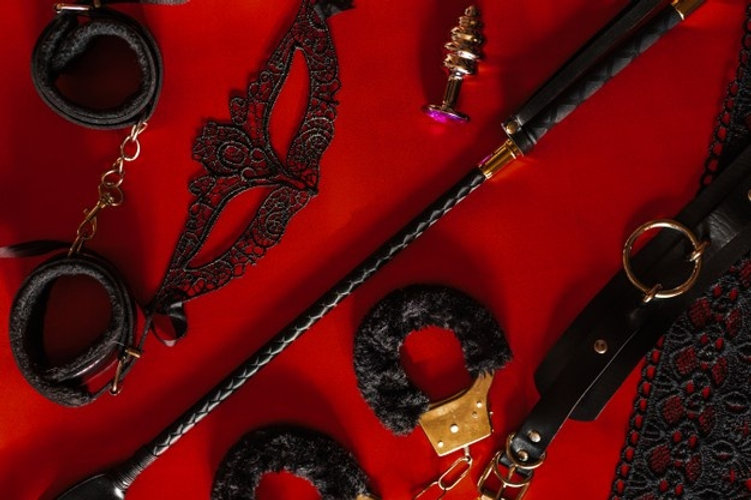 conjunto-juguetes-adultos-sabana-seda-ro