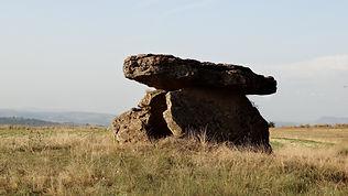 dolmen_de_Tiergues.jpg