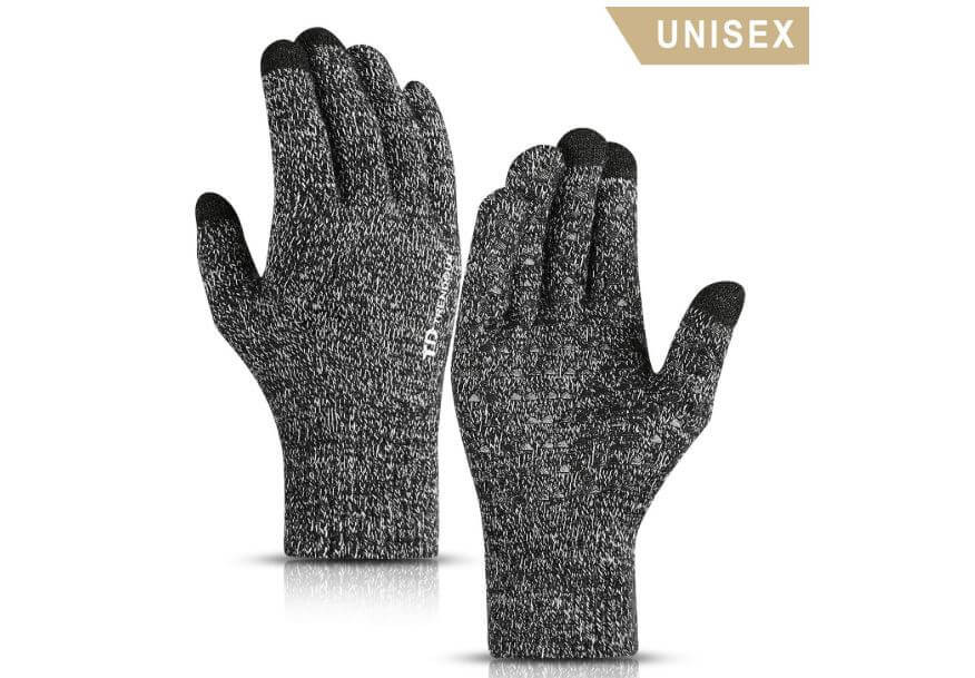 Thermal gloves are good gifts for white elephant parties.
