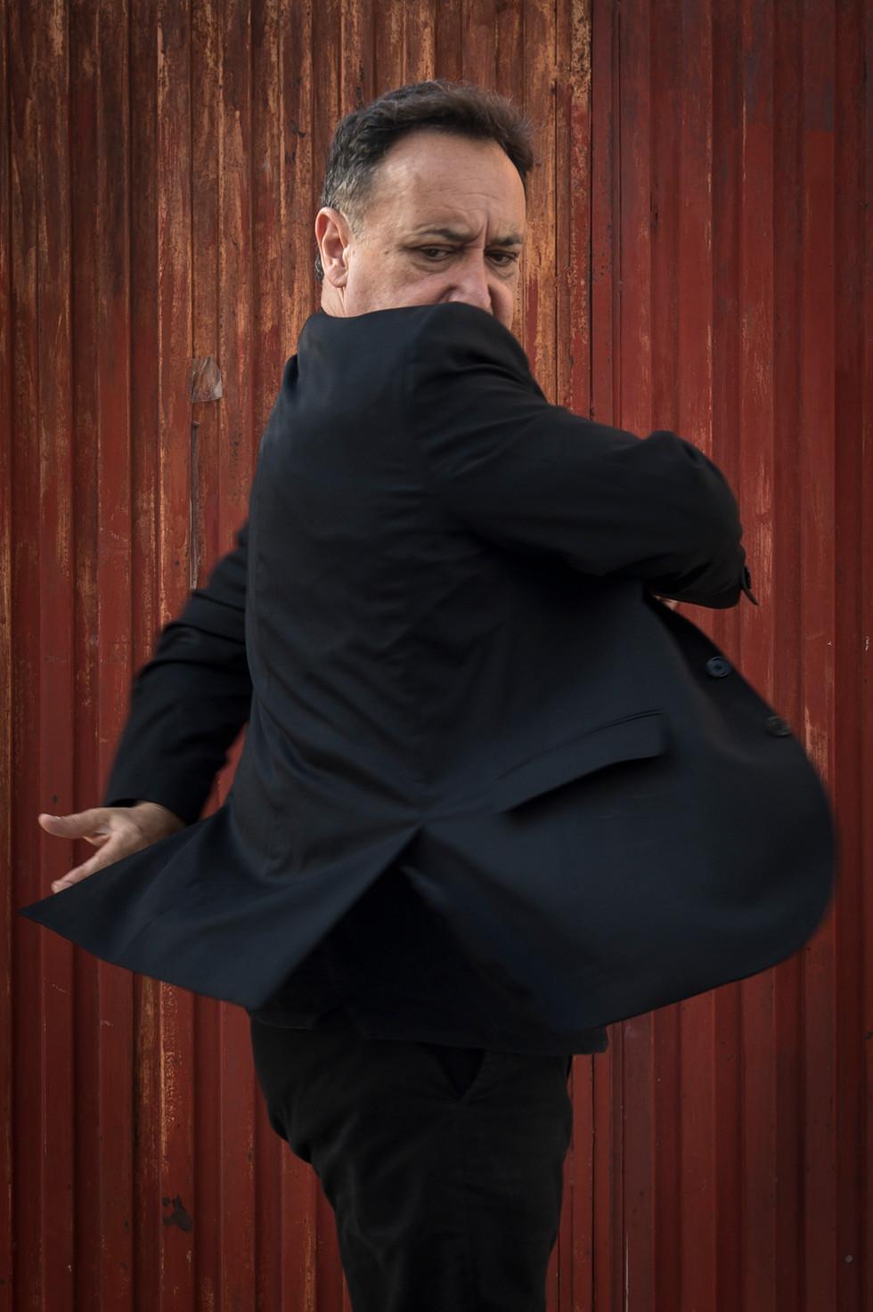 Flamenco-Tänzer-mit-Leidenschaft-5.jpg