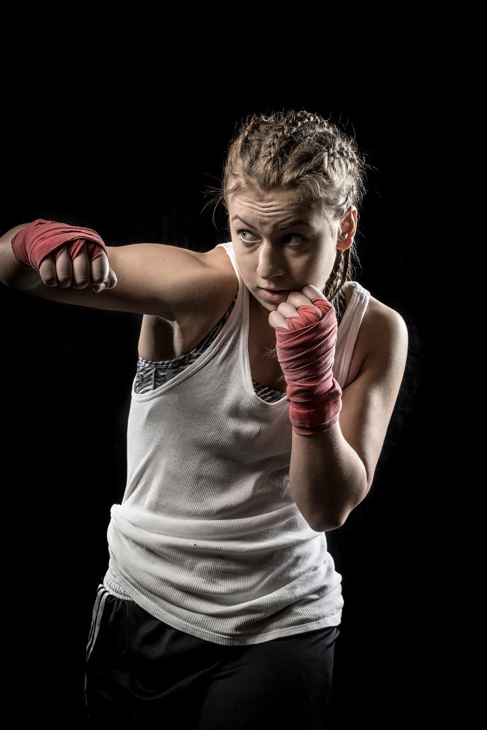 Sportfotografie-Boxen-Boxerin-10.jpg