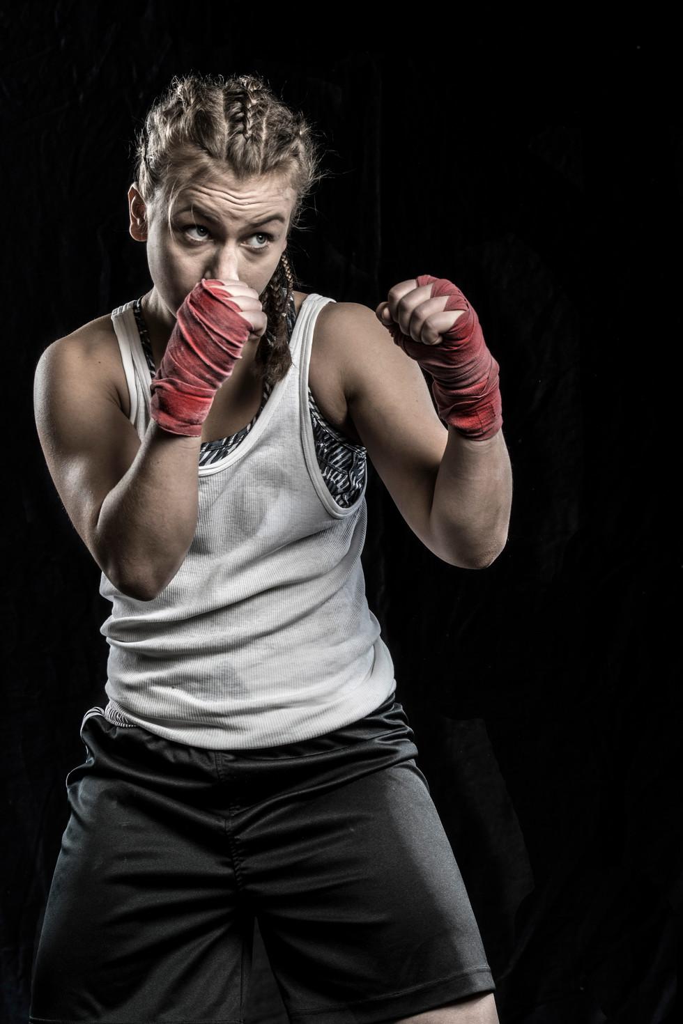 Sportfotografie-Boxen-Boxerin-19.jpg