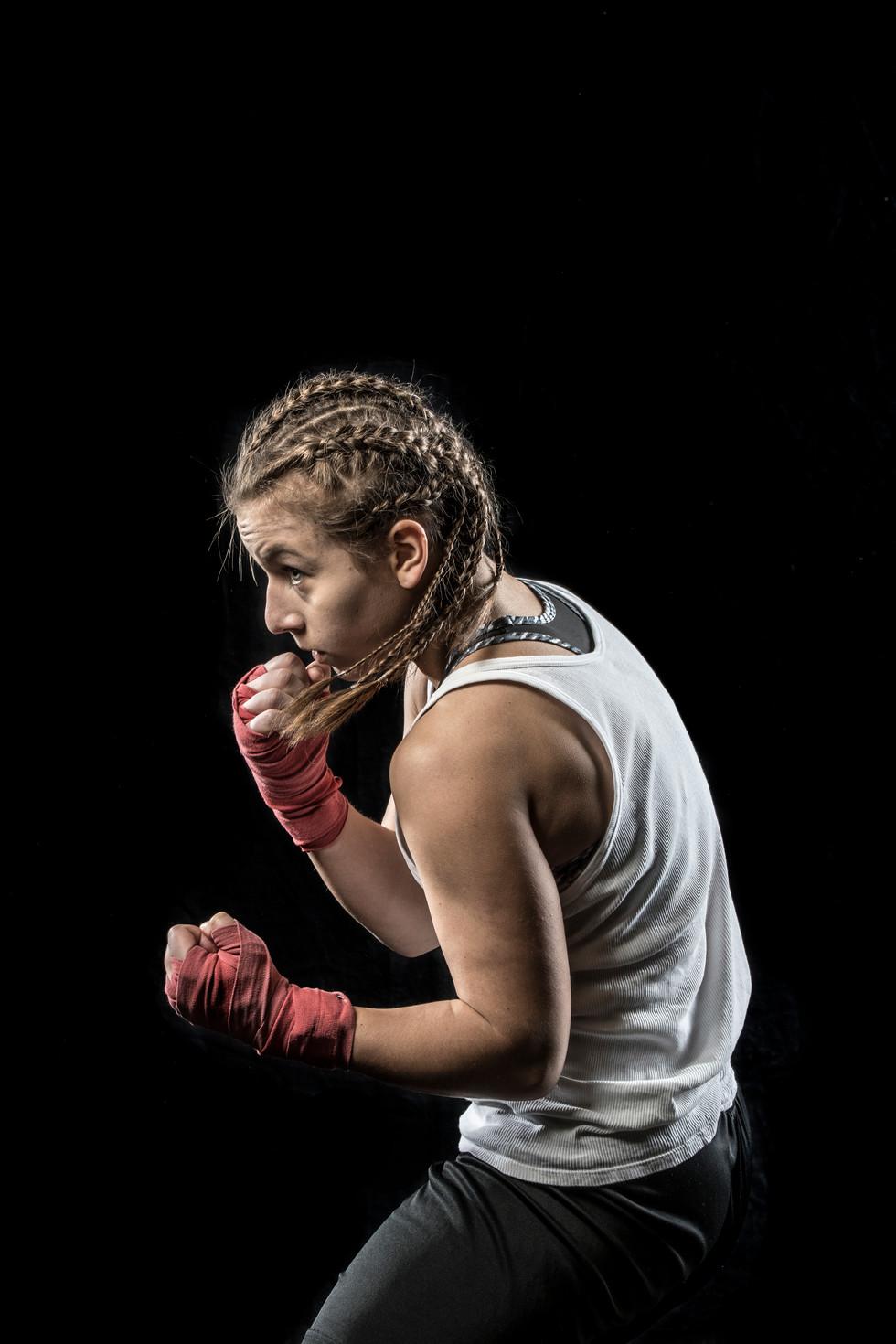 Sportfotografie-Boxen-Boxerin-11.jpg