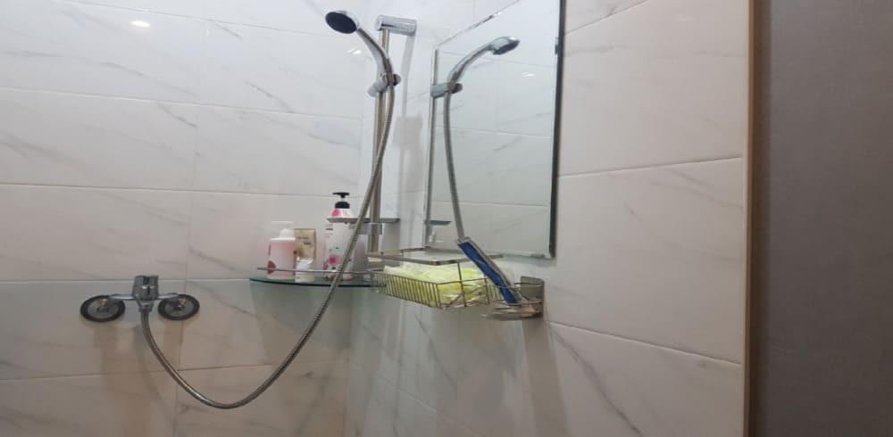 광교 마사지 구인구직 샤워실