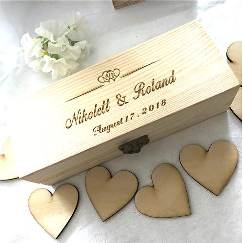 Alternatief gastenboek houten box met hartjes