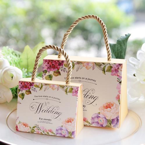 Trouwbedankjes fleurige bloemen draagbare geschenkdoos beige