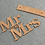 Thumbnail: Mr and Mrs letters opgestapeld