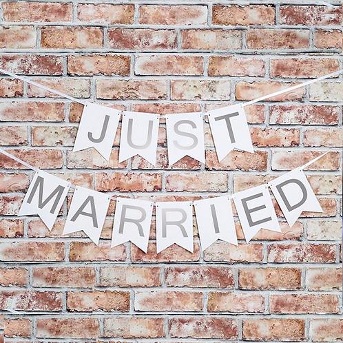 Just Married slinger wit zilver