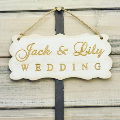 Bruiloft wegwijzer hout gepersonaliseerd