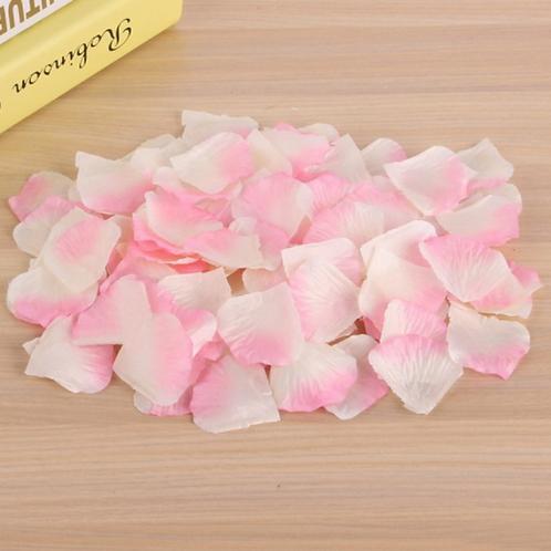 Rozenblaadjes roze met wit