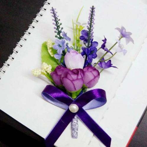 Corsage broche paars