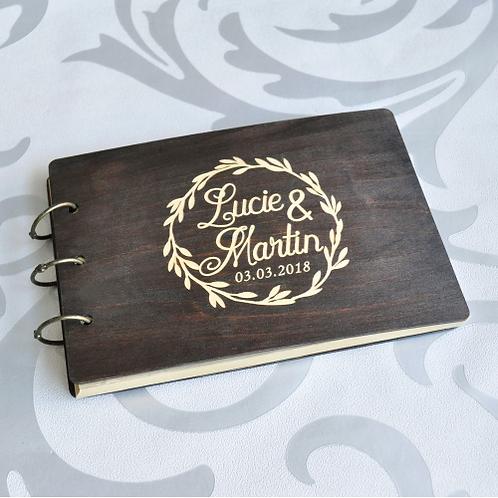 Gastenboek hout personaliseerbaar zwart
