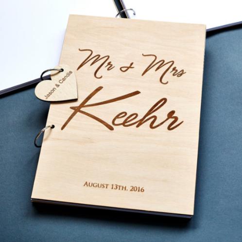 Gastenboek hout Mr & Mrs