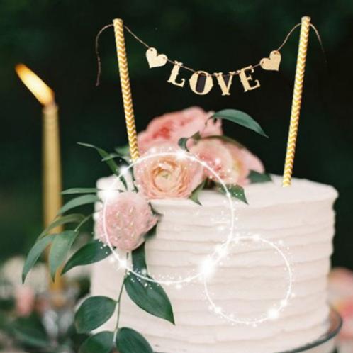 Bruidstaartslinger love goud