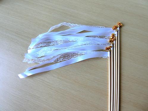 Wedding wands wit met kant
