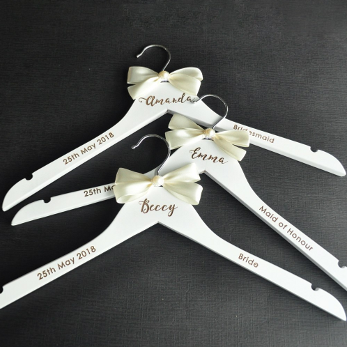 Trouwjurk hanger wit met strikje