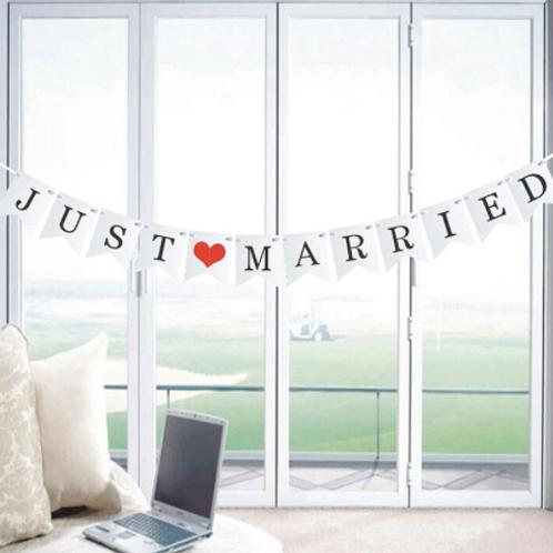 Just Married slinger wit