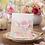 Thumbnail: Trouwkaart fleurige bloemen met strikje