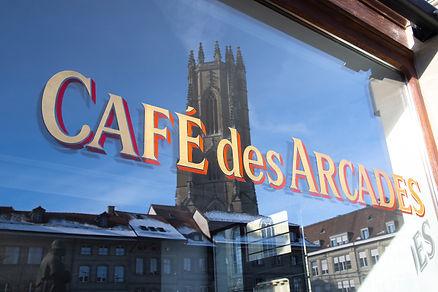 2021_Arcades café_vitrine©Ville de Frib