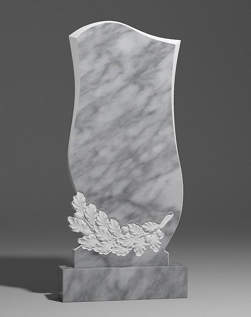 Фигурный памятник из уфалейского мрамора с дубовой ветвью