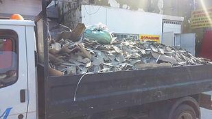 камион за изхвърляне строителни и битови отпадъци