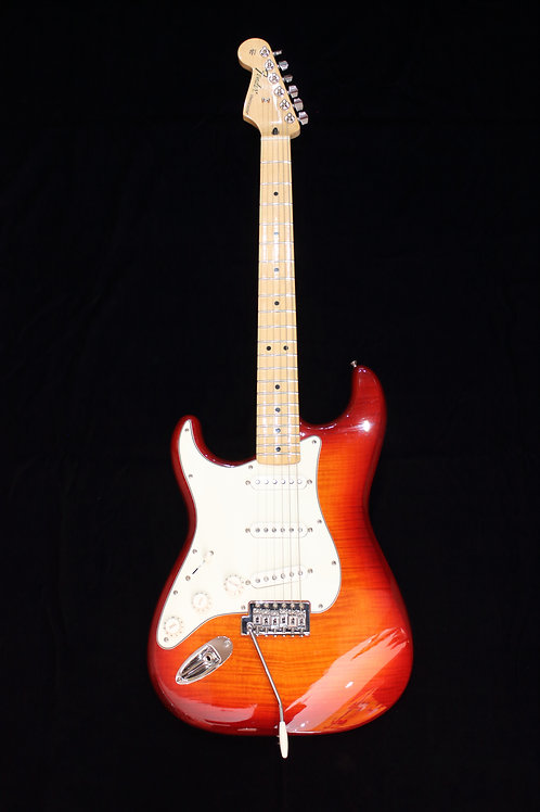 Fender Standard Stratocaster Plus Top LH