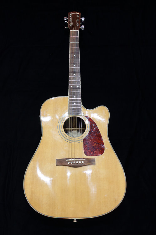 Fender DG-19 CE