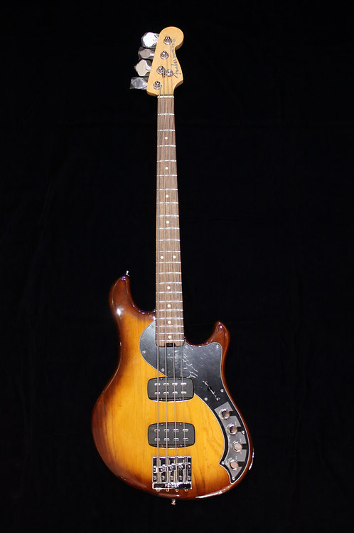 Fender American Deluxe Dimension Bass IV HH