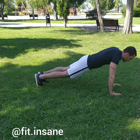 Up&Down Shoulder Tap Plank Nasıl Yapılır?