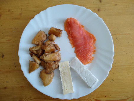 Butter fried Lion's Mane with Smoked Salmon & Brie (Recipe no. 1 by Attila Fődi)