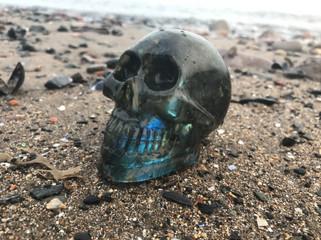 Karbukef Labradorite Skull