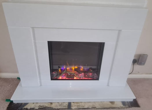 Masterpiece Finchley Suite in Blanco pearl