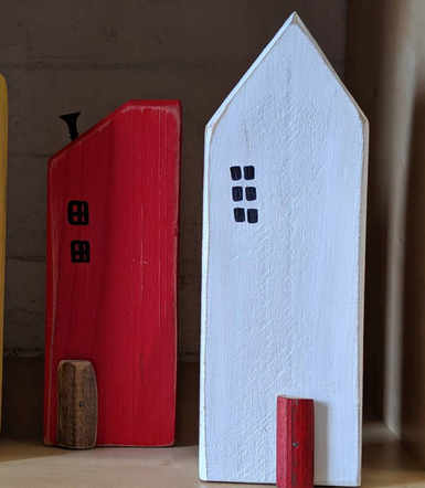Wooden Beach Houses [Upcycled]