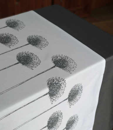 Pincushion Table Runner.jpg