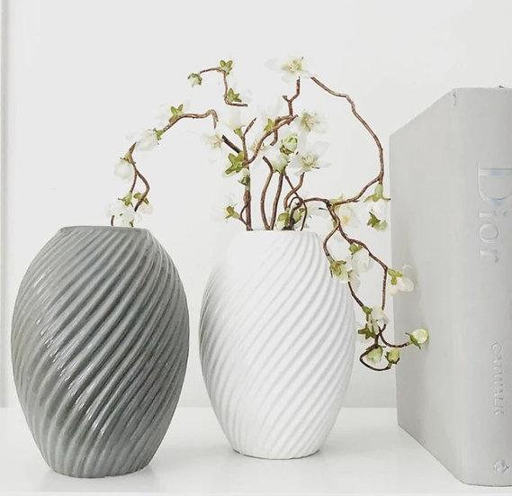 Canna Ceramic Vase