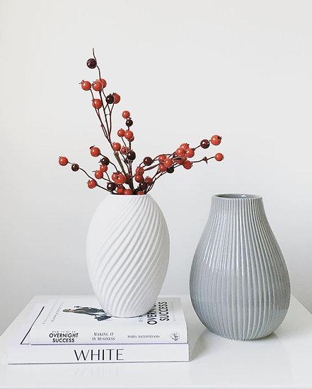 Canna White Ceramic Vase