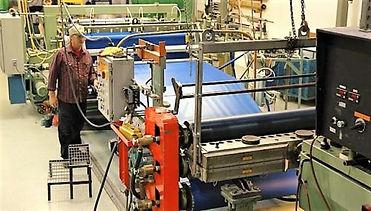 Plastic-Sheet-Making-Machine-e1492947275