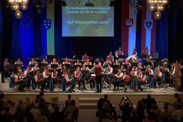 großes orchester babhalle