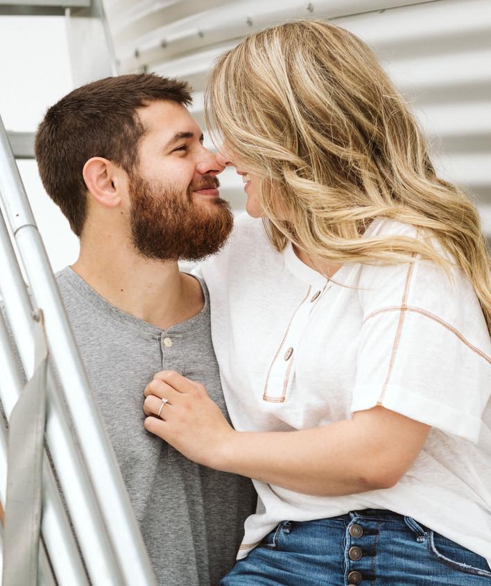 Iowa Engagement Photographers.jpg