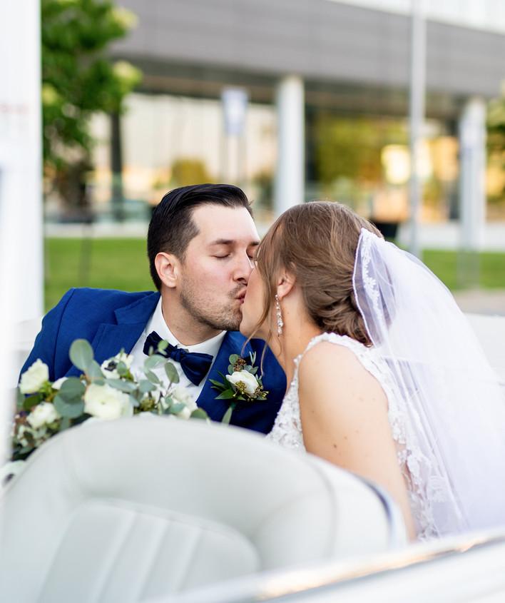 Iowa Wedding Photography + Videography.j