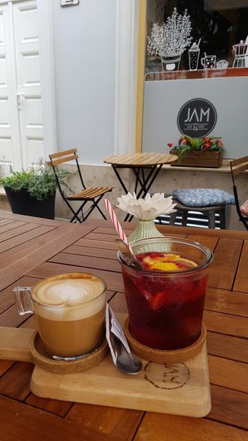 Jam Juice&More kávézó