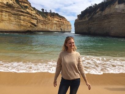 A 12 apostol sziklái között, tengerpart, great ocean road
