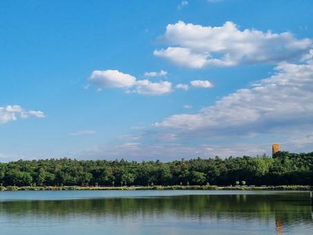 Naplás-tó és a kilátó