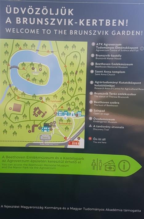 Térkép a kastély és az angolpark területének bejárásához