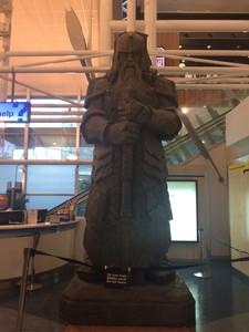 Gyűrűk ura a repülőtéren
